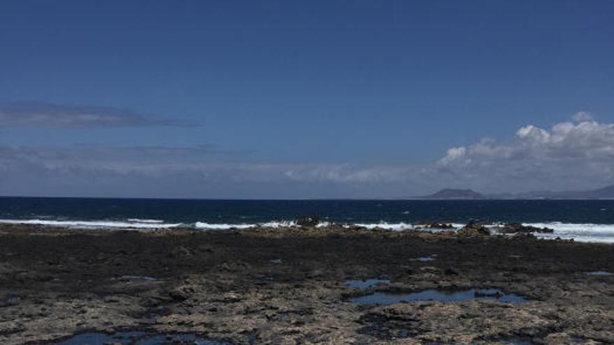 La ULPGC estudia el impacto positivo de las 'roscas' en playas canarias