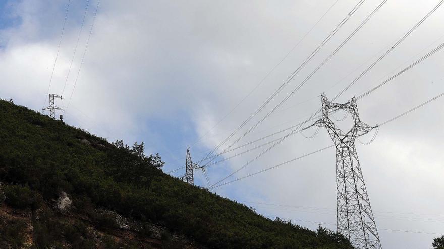 El TSJA frustra la idea de Siero de cobrar 60.000 euros en tasas a las eléctricas