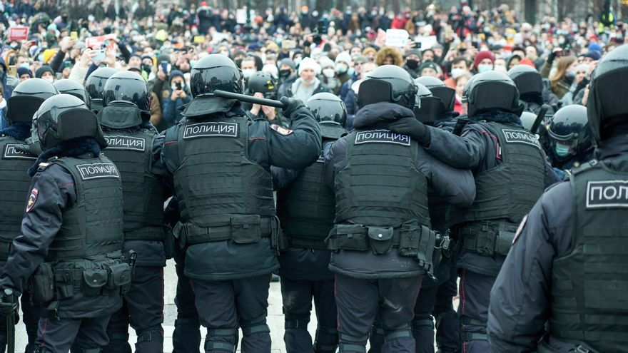 La justicia rusa dicta arresto domiciliario para el hermano de Navalni
