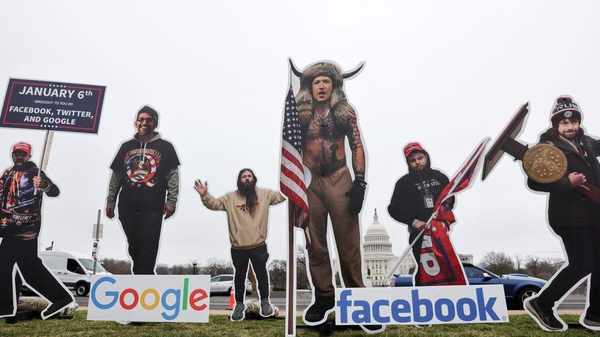 Facebook culpa a Trump del asalto al Capitolio
