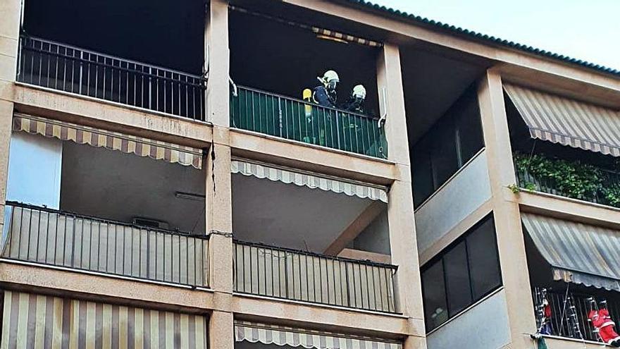 Bomberos alertan del aumento de fuegos en viviendas durante los días más fríos