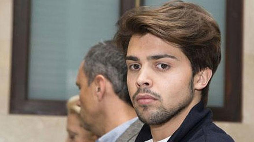 'Luisito' ingresa en la cárcel tras su condena por estafa