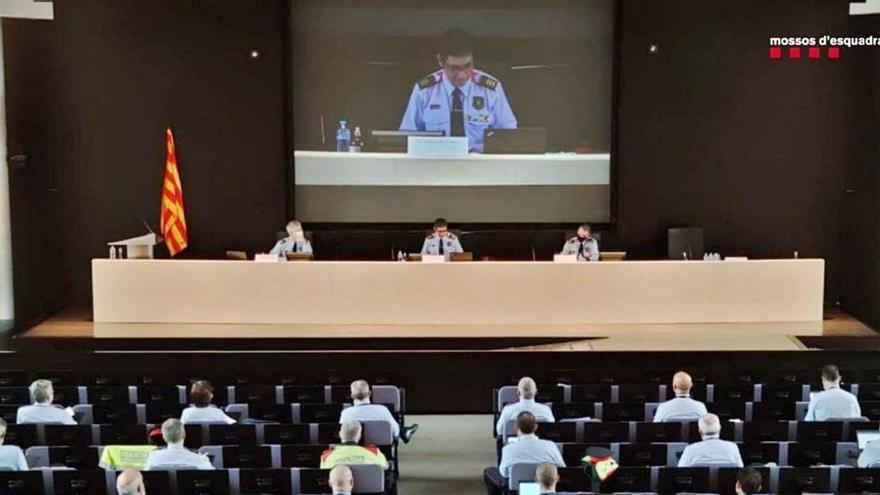 Els Mossos tanquen files en defensa del model policial