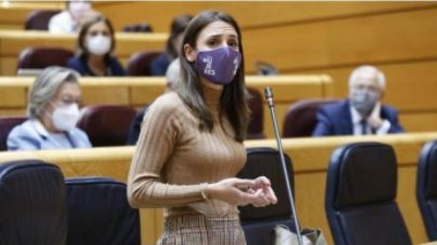 Irene Montero replica a Miguel Sánchez en el Senado