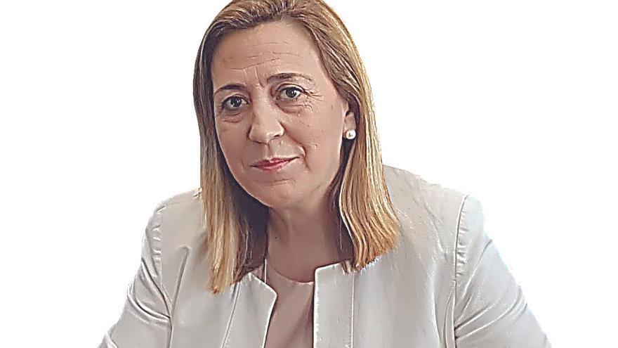 Araceli Poblador se lesiona al caerse en la escaleras de la Subdelegación del Gobierno