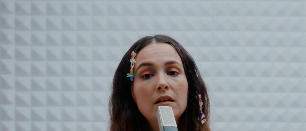 La cantante Rigoberta Bandini actúa en Elche