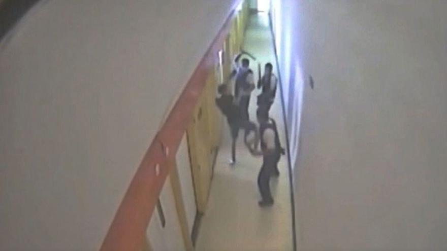 Detienen por intento de violación al preso que hirió a tres funcionarios de la cárcel de Villena