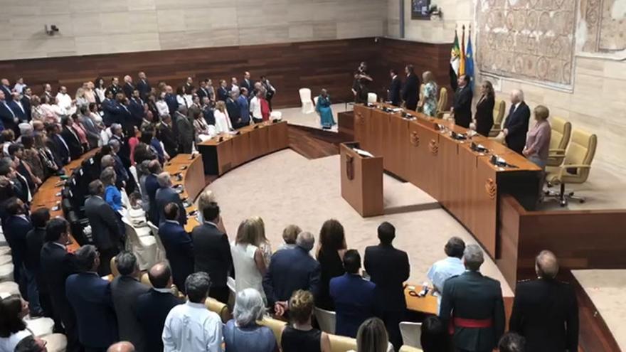 Un tren digno y combatir la despoblación: las principales reivindicaciones del Día de Extremadura