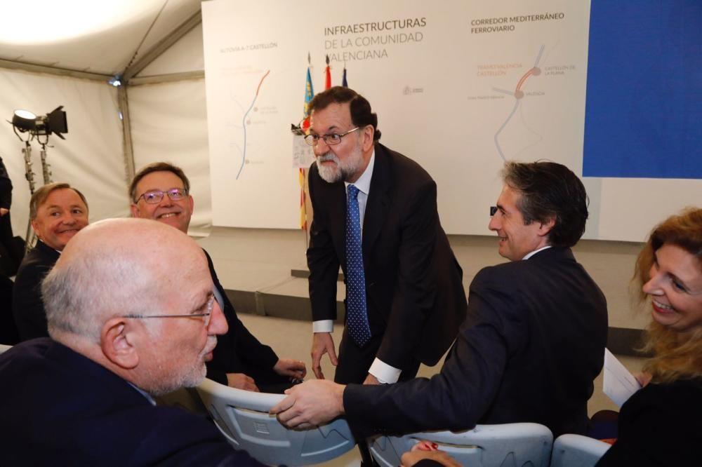 Rajoy, Puig, De la Serna y Juan Roig, tras la llegada del AVE inaugural a Castelló.