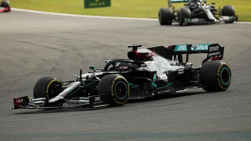 Hamilton saca el látigo en Spa