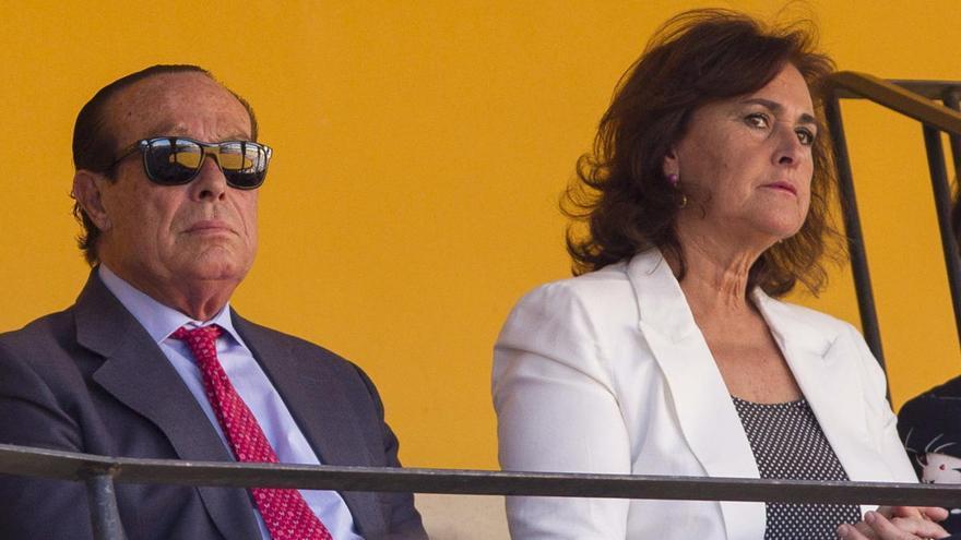 Curro Romero supera un cáncer de laringe