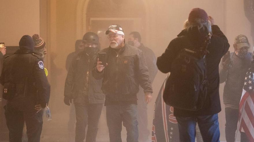 Melania Trump lamenta las muertes en el asalto al Capitolio