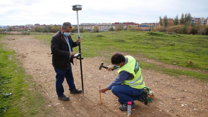 Las obras que dotarán al Parque de Levante de más de mil árboles empiezan con un plazo de ocho meses