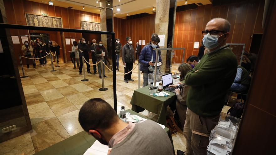 Así fue la jornada de votación en las elecciones al Colegio de Médicos