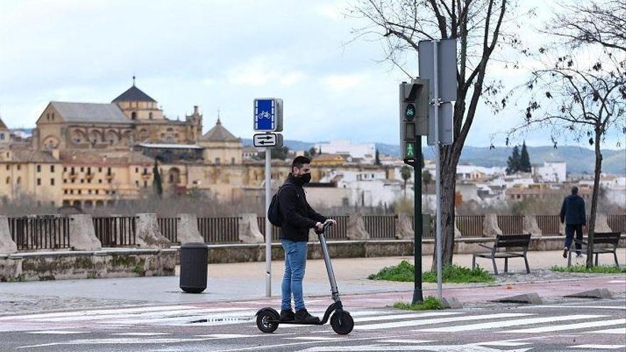 El Consejo Económico y Social propone gravar el uso de patinetes eléctricos en Córdoba