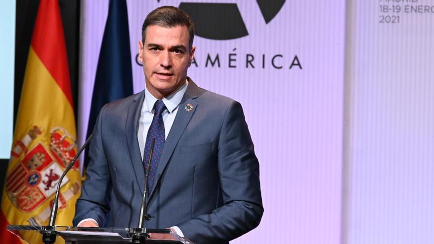 """Sánchez defiende la Constitución ante el """"populismo"""" que asaltó el Capitolio"""