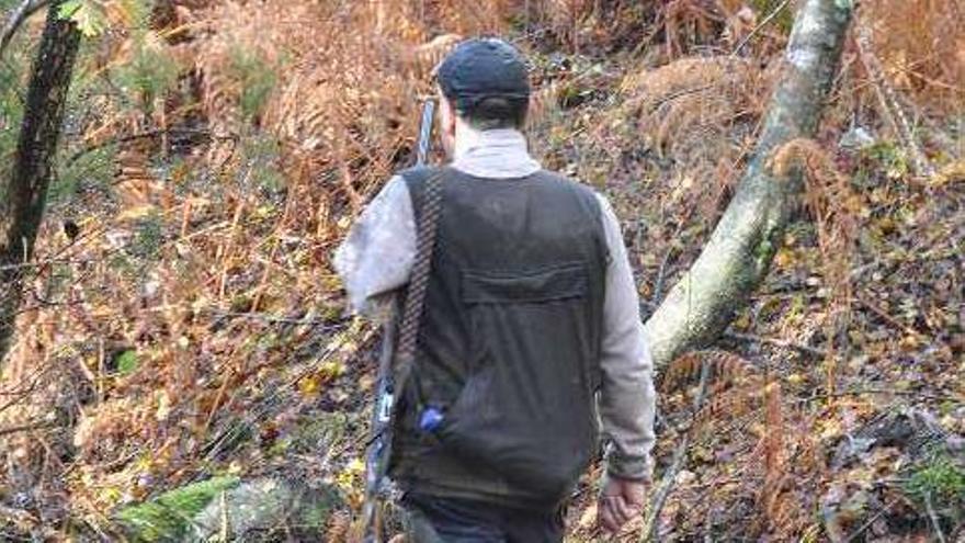Herido en la cara un cazador al rebotar en una piedra una bala de un compañero