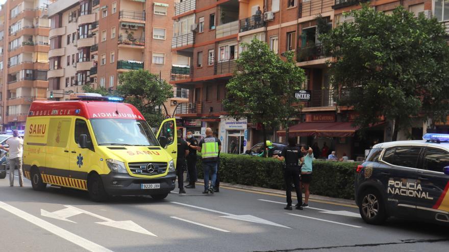 Dos heridos graves tras un enfrentamiento con armas blancas en Torrefiel