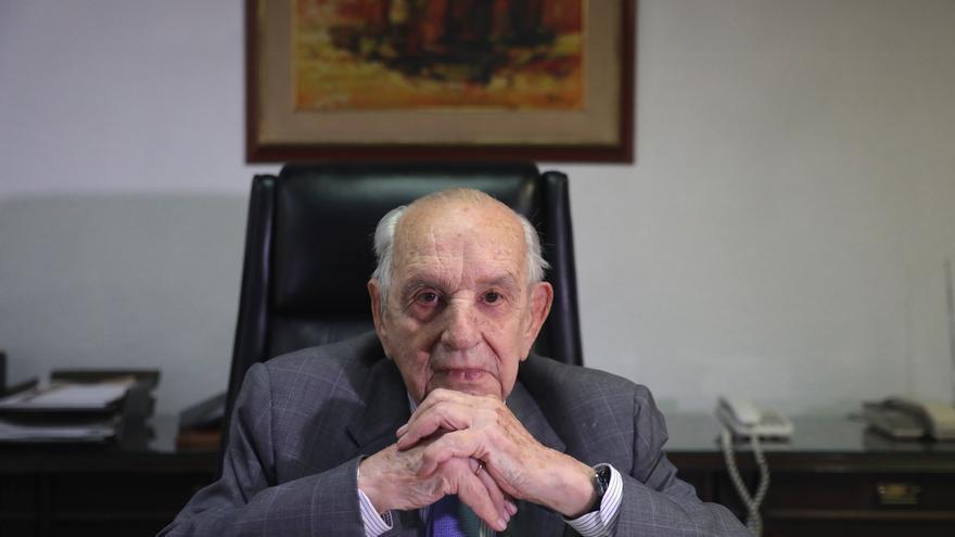 Fallece con 103 años el decano del exilio republicano en México, el ovetense Fernando Rodríguez Miaja