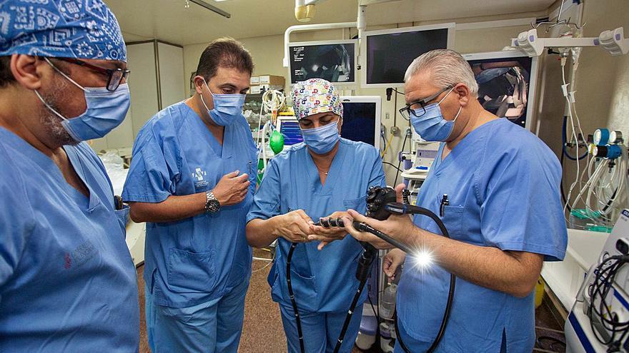 El Hospital General estrena un equipo que trata lesiones en el intestino delgado
