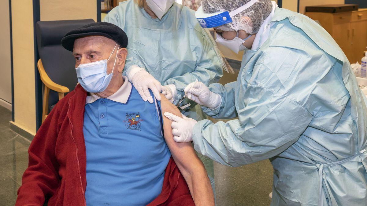 Vacunación mayores de 80 años
