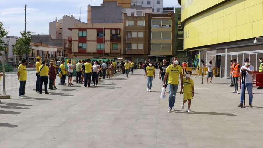 La afición del Villarreal vuelve a su casa