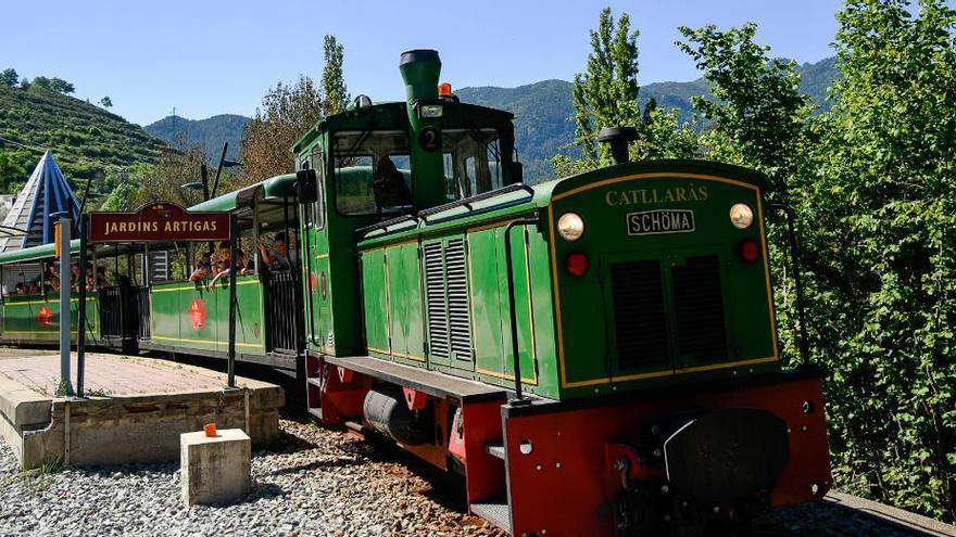 Respirar natura viatjant en trenet turístic