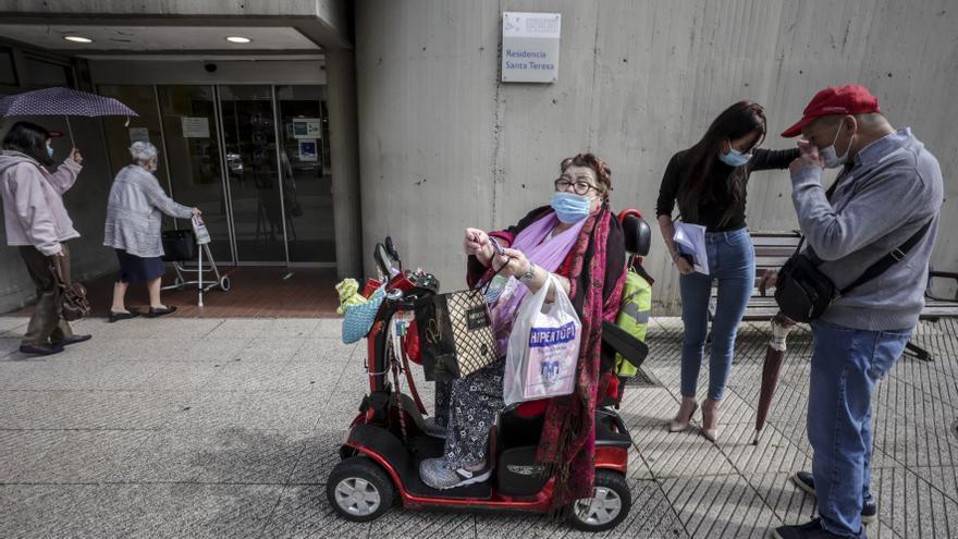 """El ansia de libertad vacía los geriátricos asturianos: """"Salir sabe a gloria"""""""