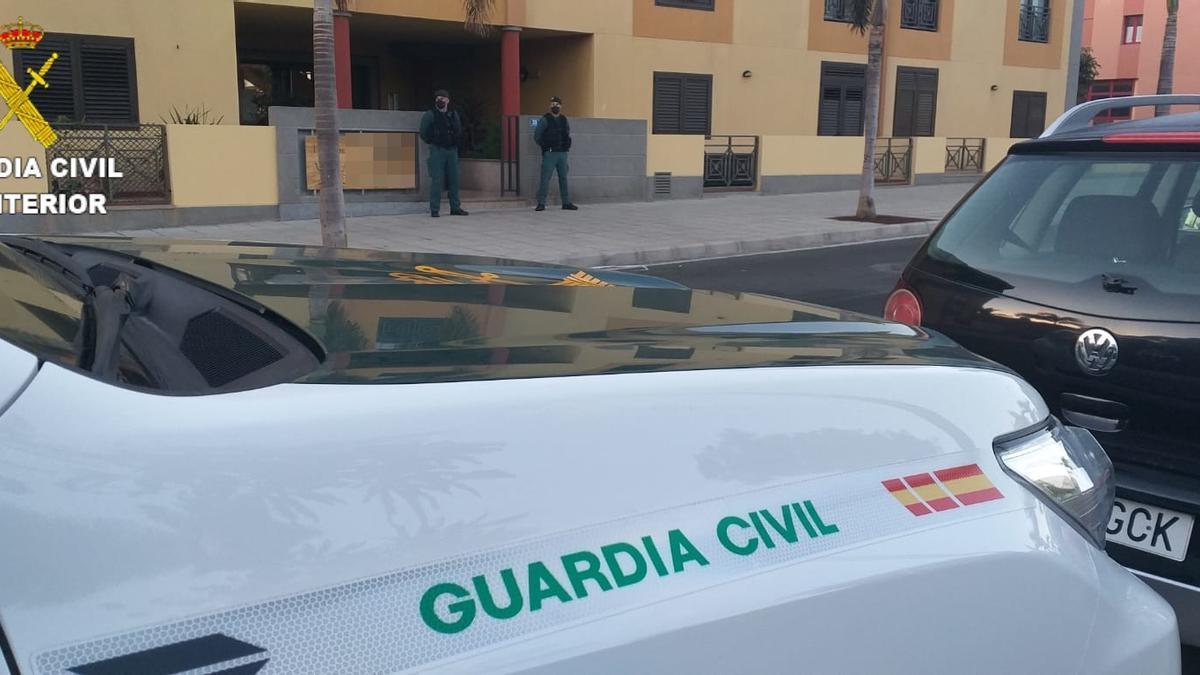 La Guardia Civil desmantela un punto de venta de droga en Vecindario