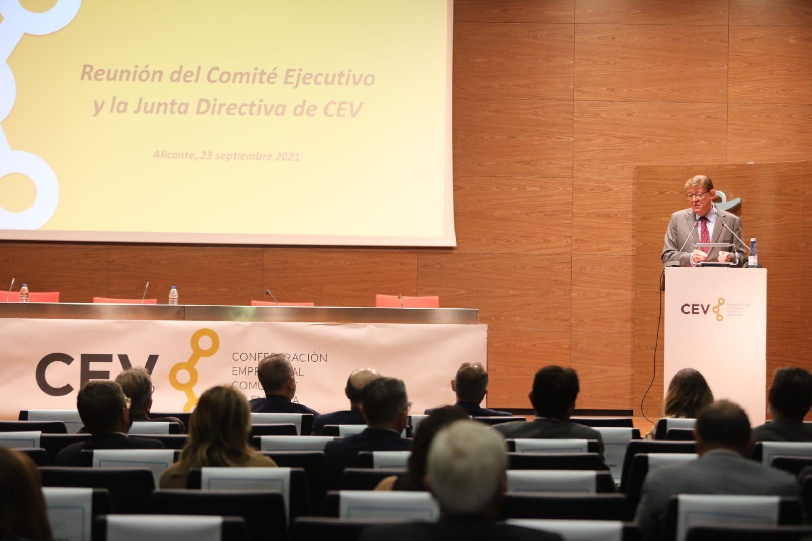 Salvador Navarro y Perfecto Palacio optarán a la reelección en la CEV
