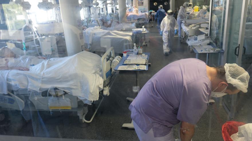 La incidencia del coronavirus sobrepasa los 2.000 casos por 100.000 habitantes en 20 municipios de la provincia