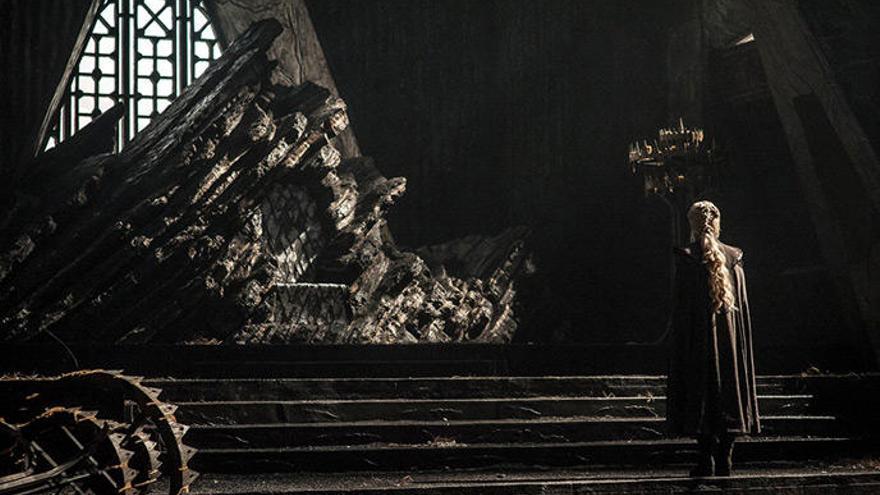 Daenerys Targaryen estrena tron a la 7a temporada