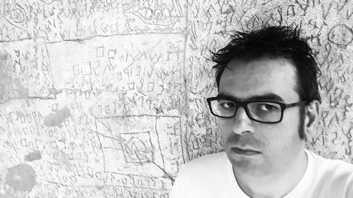 Raúl Quinto es el autor de 'La canción de NOF4', publicado en Jekyll & Jill.
