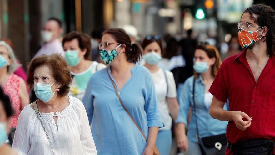 Murcia alarga el toque de queda y cierre de municipios
