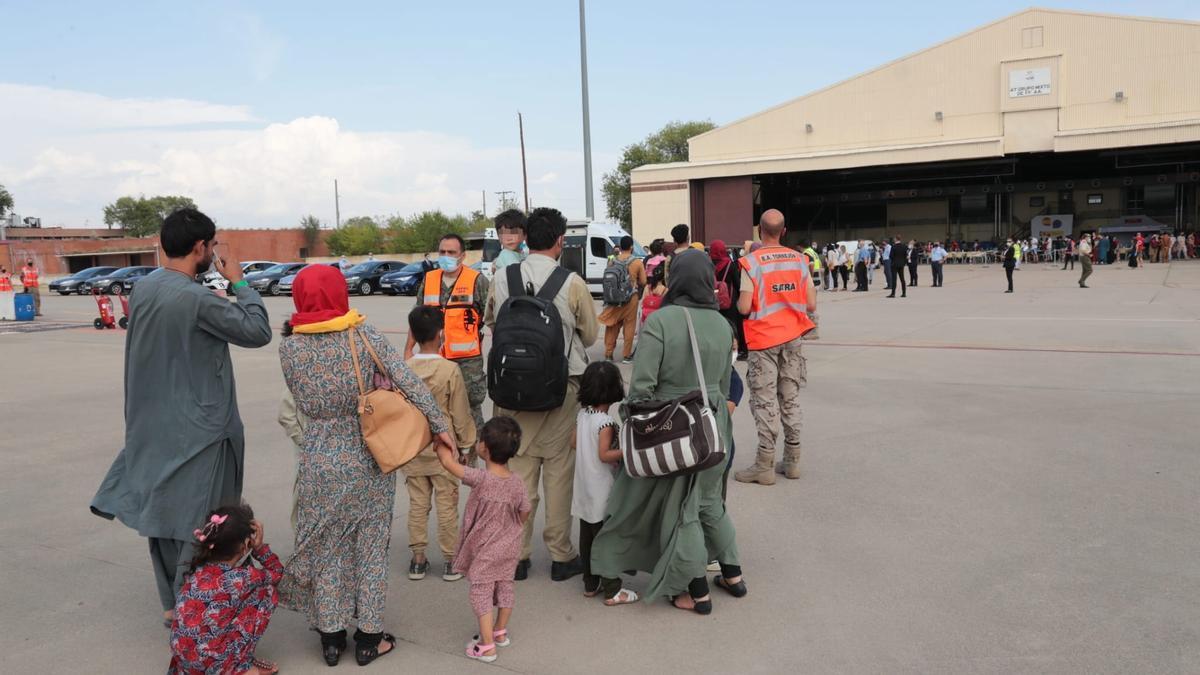 Familias recién llegadas de Afganistán a Madrid