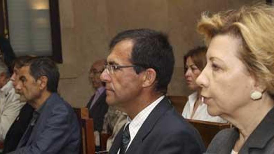Munar acusa de mentirosos a sus inculpadores y Nadal la incrimina