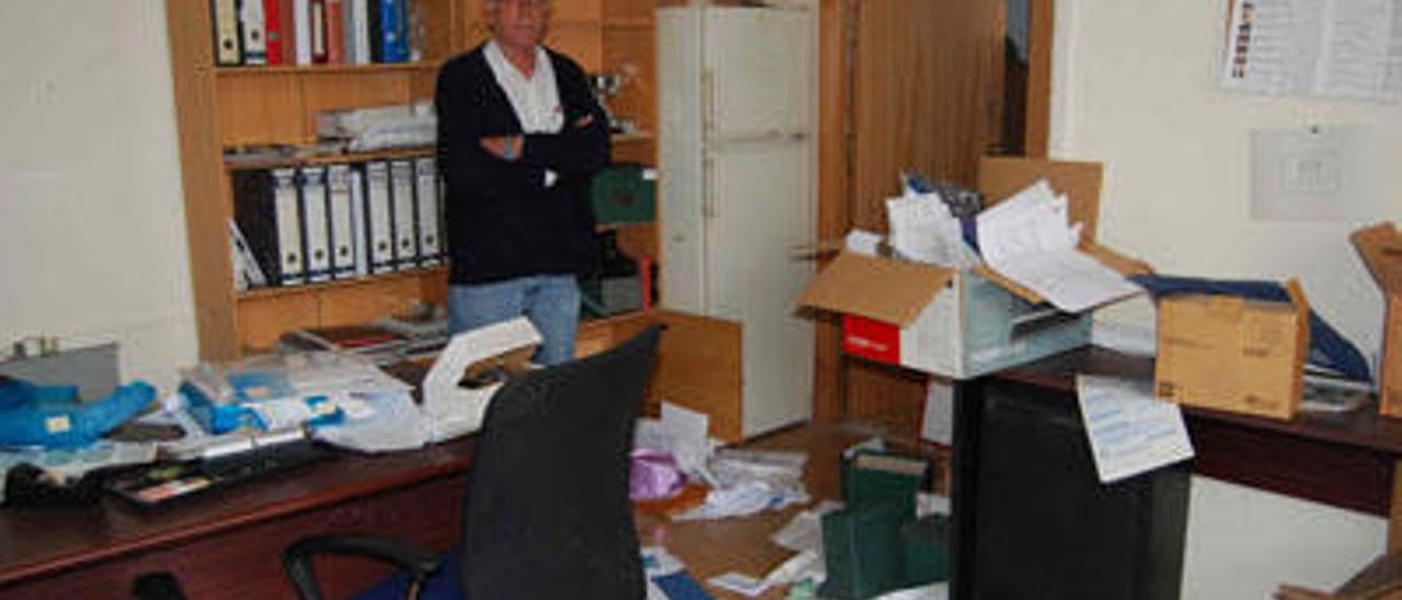 Unos desconocidos asaltan la asociación de vecinos de la Fuensanta
