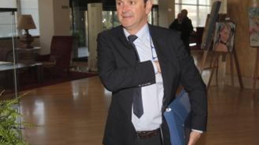 """El fiscal de la """"Patos"""" pide mantener la imputación contra Rafael Louzán y archivar la causa sobre el resto de los políticos"""