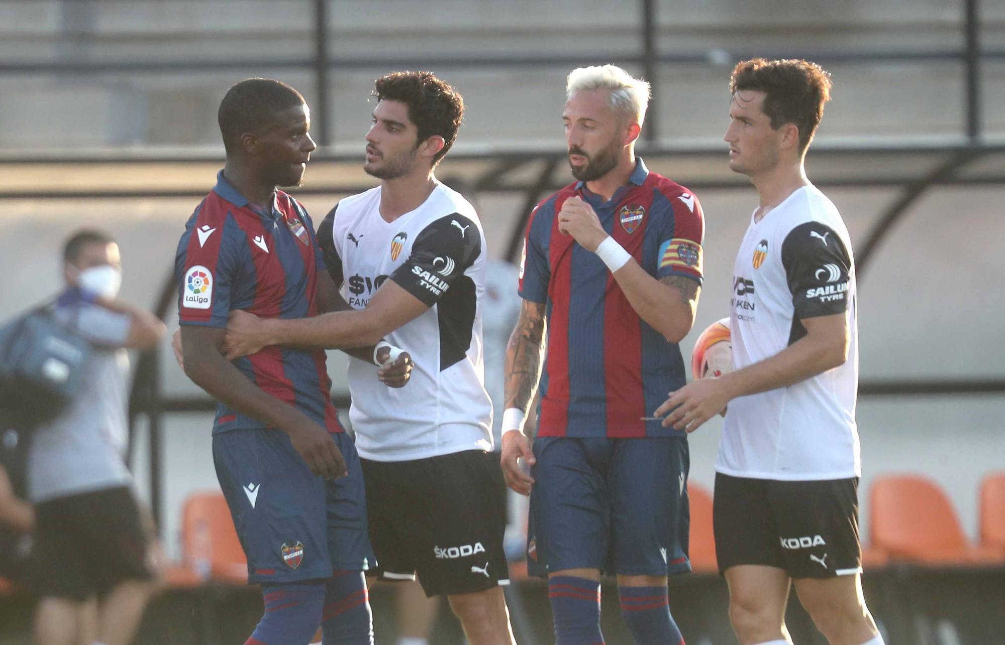 Intensidad y carácter durante el Valencia - Levante
