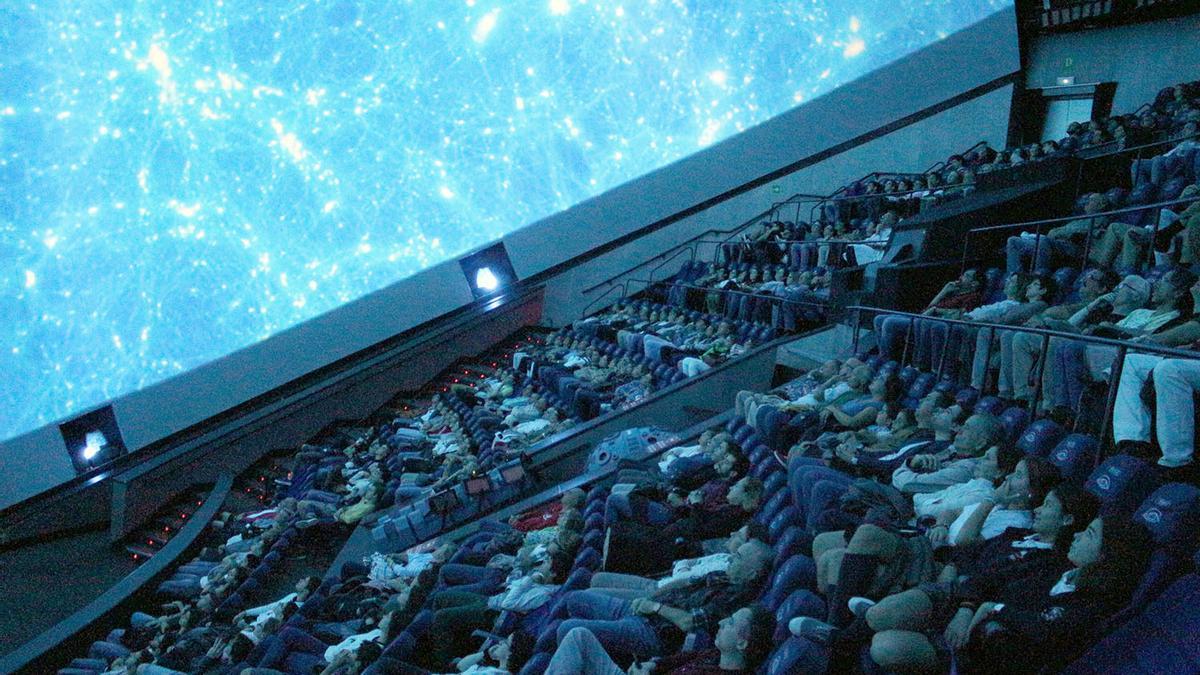Cines abiertos en Valencia: el Hemisfèric, una de las salas de cine que están abiertas ahora en València.