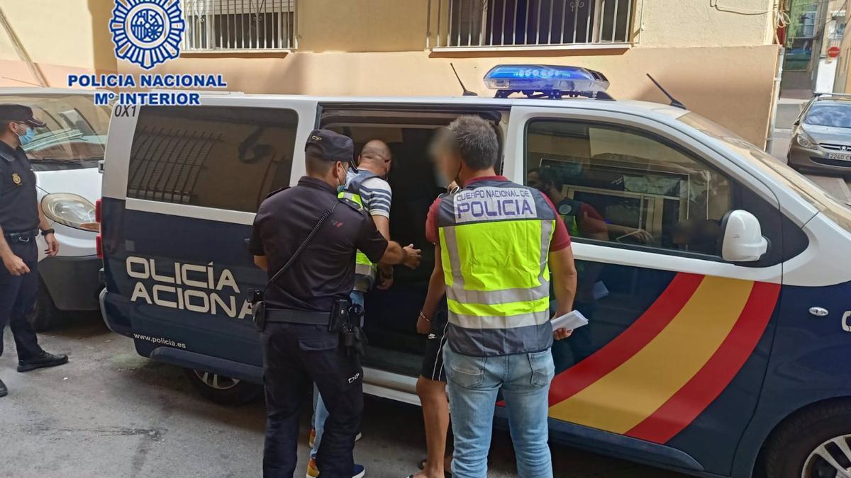 La Policía Nacional ha detenido a 7 menores como presuntos autores de robar y golpear a otros dos jóvenes