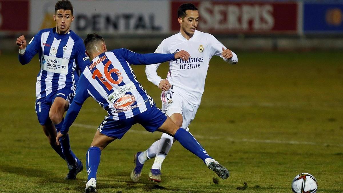 Un Alcoyano con diez jugadores elimina al Real Madrid en la prórroga