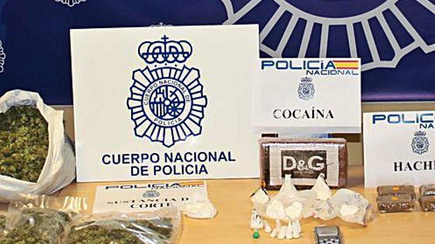 El abogado detenido en una operación antidroga guardaba sustancias, según los agentes