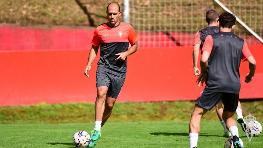 Unai Medina deja de ser jugador del Sporting