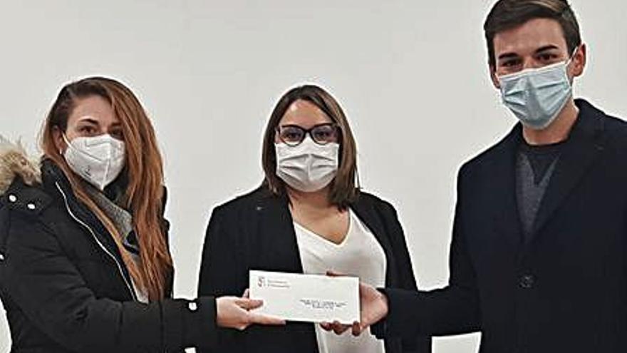 Almussafes reparte 900 euros en premios a la decoración de viviendas y empresas