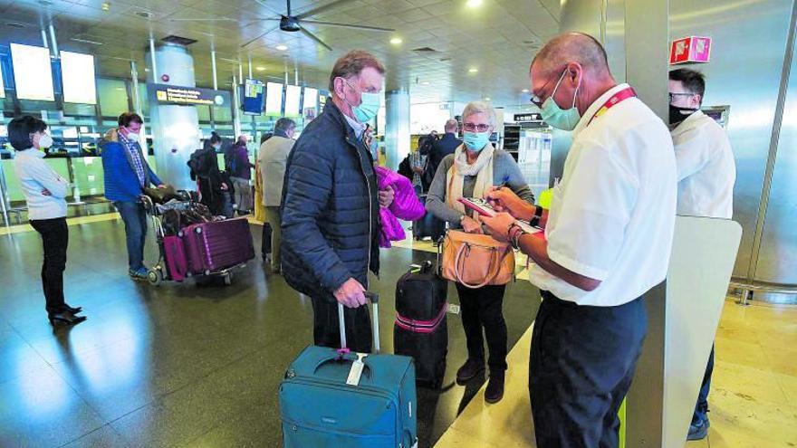 La limitación del 'pasaporte covid' decepciona a los hoteleros canarios
