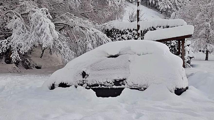 La cita diaria con los lectores, contra viento, marea y nieve