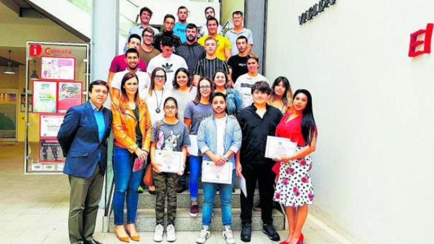La Cámara de Comercio ayuda a 700 jóvenes a buscar empleo