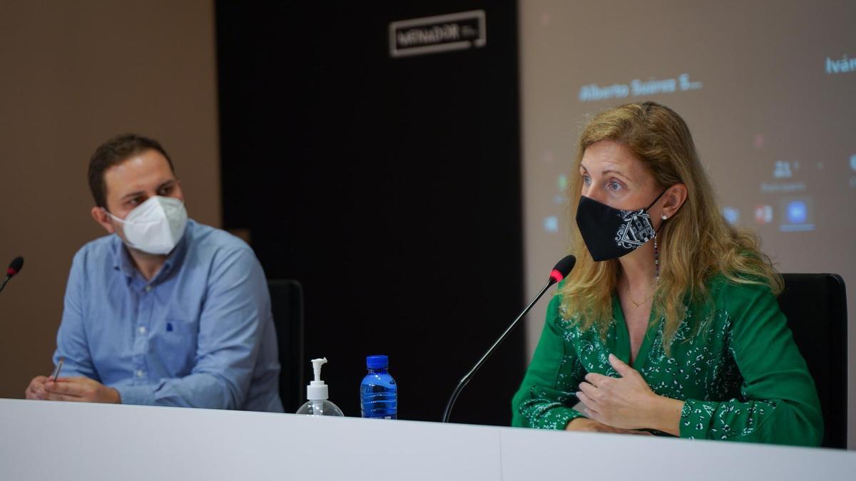 La alcaldesa Amparo Marco y el concejal de urbanismo José Luiz López