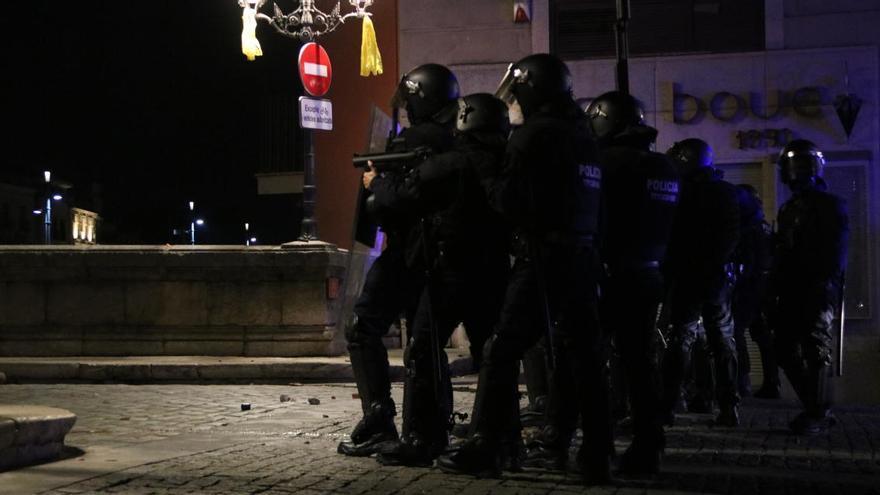 Protocol dels projectils de foam dels Mossos: es poden disparar sense avís en manifestacions violentes